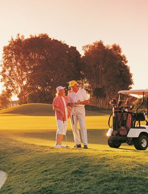 Golf retirement village